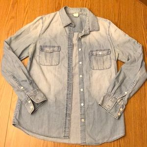 Jcrew chambray button up in size 4